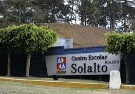 El colegio Solalto está ubicado en el kilómetro 22 carretera a Fraijanes. Funciona en la jornada vespertina. (Foto Prensa Libre: Paulo Raquec)