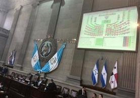 Congreso decide si le retira la inmunidad a Pérez Molina. (Foto Prensa Libre: Estuardo Paredes)