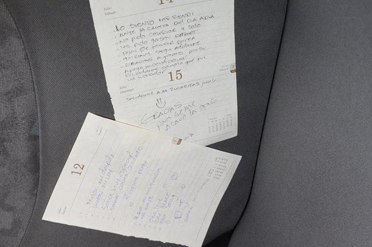 Hojas manuscritas donde Walter Caballeros se despide de amigos y familia, antes de lanzarse del puente El Incienso. (Foto Prensa Libre: CBM)