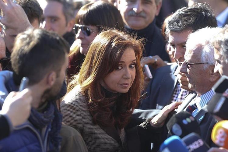 La ahora senadora Cristina Fernández deberá enfrentar a la justicia por caso de encubrimiento de iraníes. (Foto Prensa Libre: Hemeroteca PL)