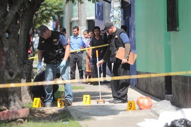 De enero a septiembre de este año en la capital murieron 538 personas por hechos de violencia, reporta la Policía Nacional Civil. (Foto Prensa Libre: Hemeroteca PL)