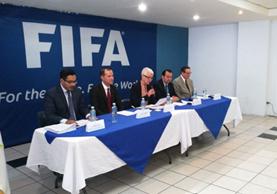 El Comité de Regularización de la Fedefut presentó su renuncia solicitada por la Fifa. (Foto Prensa Libre: Milton Meléndez)
