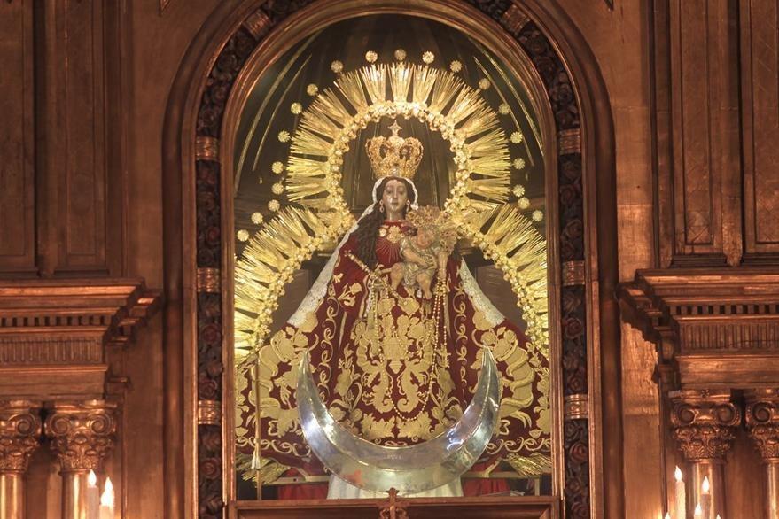 La Virgen del Rosario durante el mes de Octubre 2016. (Foto: Hemeroteca PL)