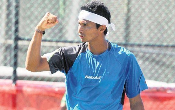 Christopher Díaz-Figueroa marcha firme en el el torneo Futuro de Buracamanga.