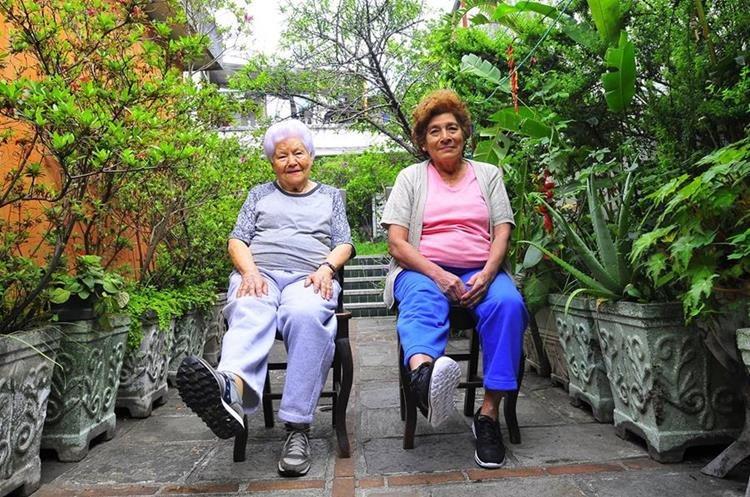 El ejercicio que practica el adulto mayor debe ser personalizado. (Foto Prensa Libre: Sandra Vi)