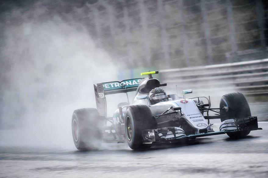 Rosberg saldrá primero en la carrera de este domingo. (Foto Prensa Libre: EFE)