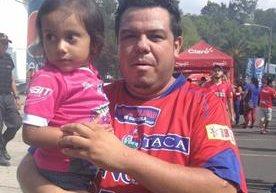 La afición roja asistió con mucha fe al Doroteo Guamcuh Flores