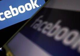 Mensajes publicados en la red social Facebook, considerados ofensivos con la monarquía tailandesa, le costaron 30 años de cárcel a un hombre. (Foto HemerotecaPL)