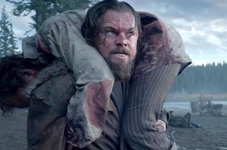 Leonardo DiCaprio en The Revenant (2016), una actuación que -por fin- convenció a la Academia (Foto Prensa Libre: servicios).