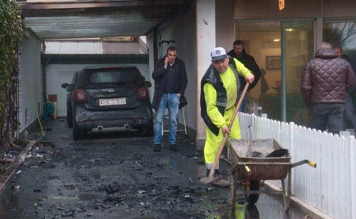 Los aficionados incendiaron los vehículos del presidente del Pescara en su casa. (Foto Prensa Libre: Sky Sports)