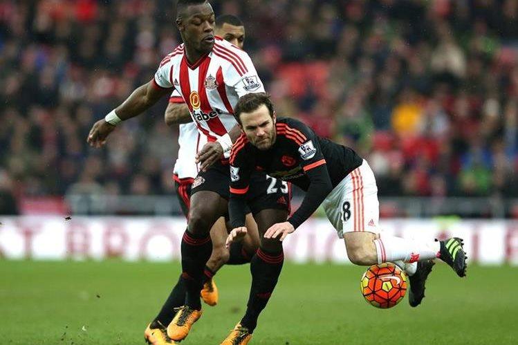El Sunderland sorprendió al Manchester United y lo venció 2-1, este sábado. (Foto Prensa Libre: EFE).