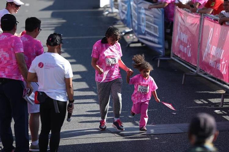 Niños y adultos de todas las edades participaron en la actividad.