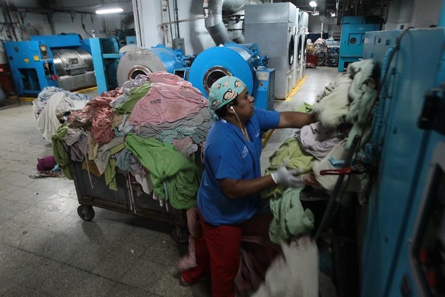 La crisis en hospitales no ha tenido acciones que eviten que continúe. (Foto Prensa Libre: Hemeroteca PL)