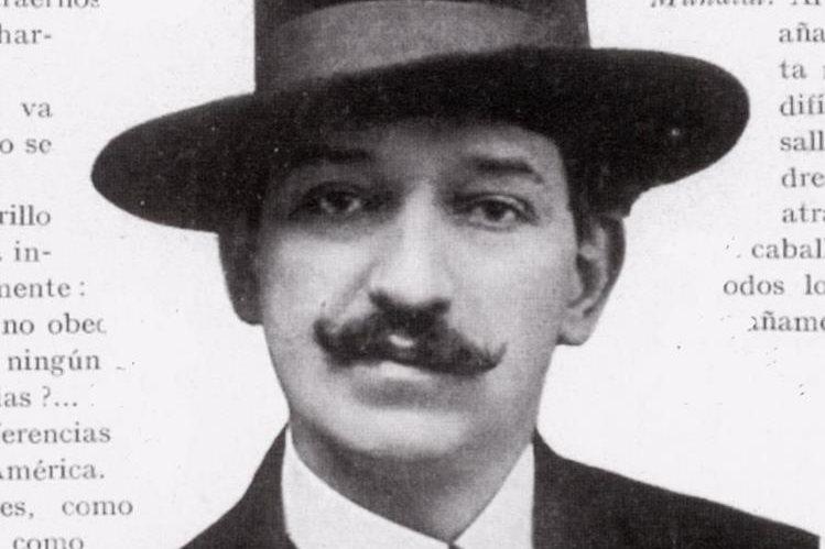 """Enrique Gómez Carrillo, conocido como """"el Príncipe de los cronistas"""". Foto Prensa Libre: Hemeroteca PL."""