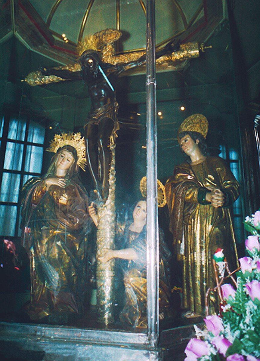 Cada año la imagen es visitada por miles de peregrinos en la Basílica de Esquipulas. (Foto Prensa Libre: Hemeroteca PL)