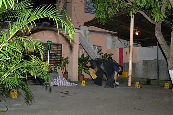<p>Una mujer y una jovencita fueron atacados a balazos en Teculután, Zacapa. Foto Prensa Libre: ERick de la Cruz)<br></p>