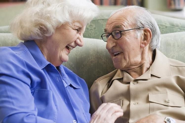 El grupo de seres humanos que llega a una edad más avanzada es cada vez mayor en las últimas décadas.