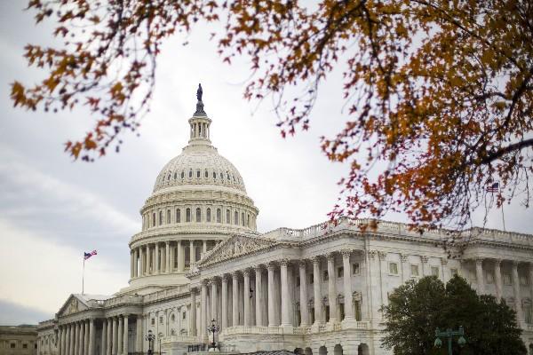 Congresistas republicanos se unieron a los demócratas en condenar las versiones de que Rusia pirateó las elecciones.(AFP).