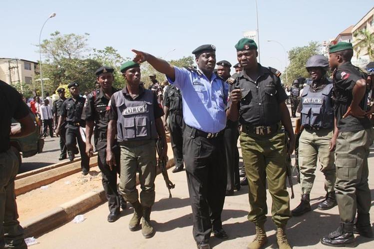 La Policía nigeriana no pudo evitar el linchamiento del hombre. (Foto: Internet).