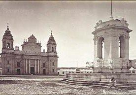 El máximo templo católico cumple 200 años de ser testigo de la fe guatemalteca.