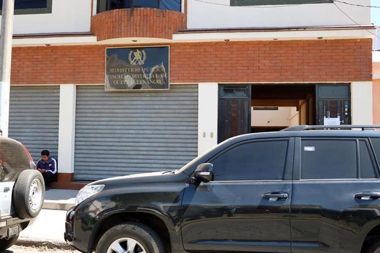 Denuncia por robo en una cooperativa de San Juan Ostuncalco es interpuesta en el MP de Xela. (Foto Prensa Libre: Carlos Ventura)