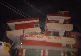 Edificación partida por el temblor en Oaxaca, México.