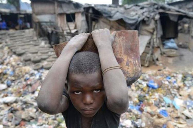 ¿Sabes cuánta gente vive actualmente en extrema pobreza? (GETTY IMAGES)