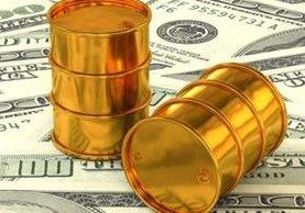 Harvey ha hecho que el precio del petróleo baje más en vez de subir. MASSIMOVERNICESOLE