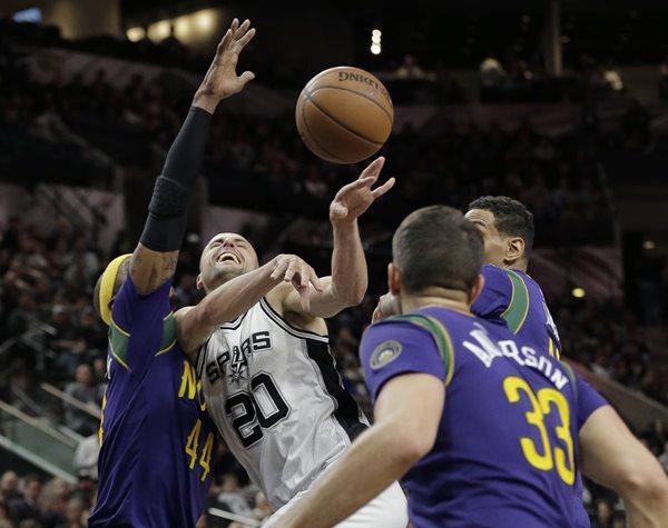 Manu Ginobili es una de las figuras de los Spurs. (Foto Prensa Libre: AP)