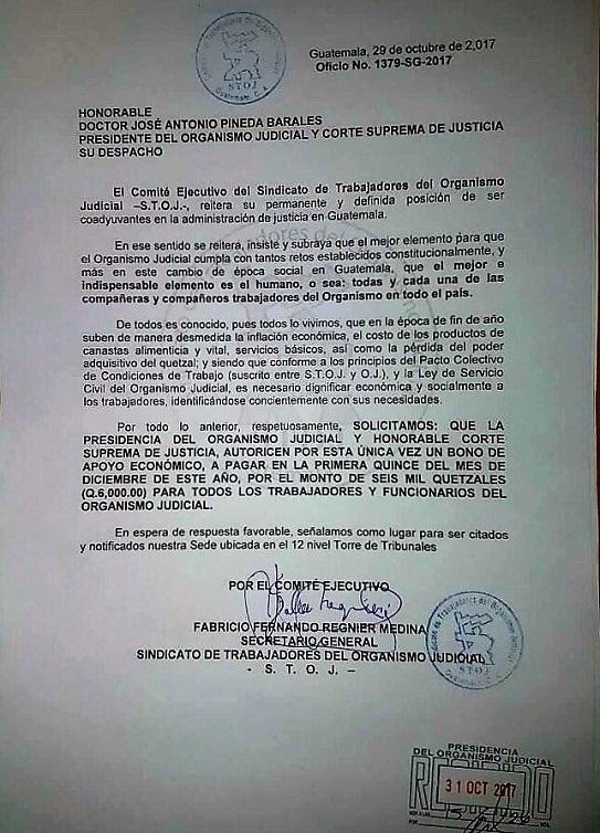 La carta enviada por el sindicato al presidente del OJ, para pedir que se les entregue un bono único. (Foto Prensa Libre: Hemeroteca PL)