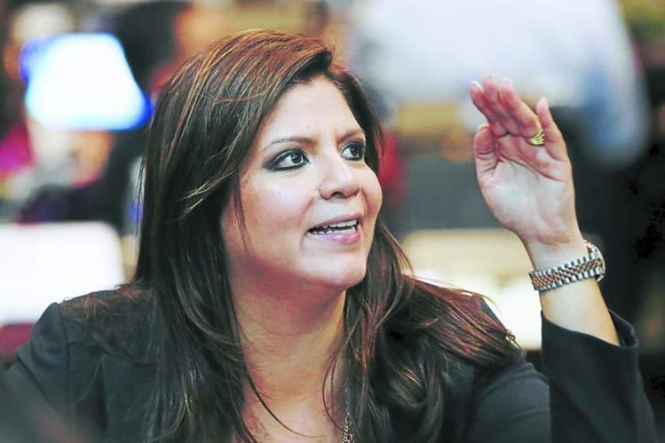 <em>Lena Gutiérrez, acusada de recibir fondos del Instituto Hondureño de Seguridad Social. (Foto Prensa Libre: laprensahn).</em>