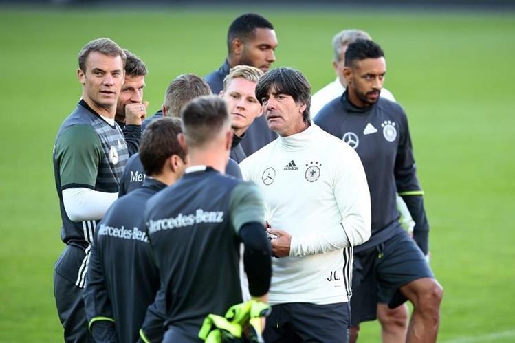 El equipo alemán se prepara para enfrentar a San Marino. (foto Prensa Libre: EFE)