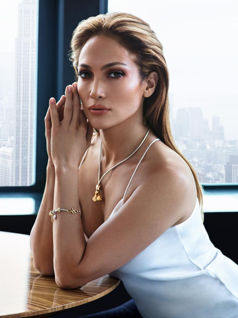 Jennifer Lopez at 46 years old looks a slender figure. (Photo Prensa Libre: Hemeroteca PL).