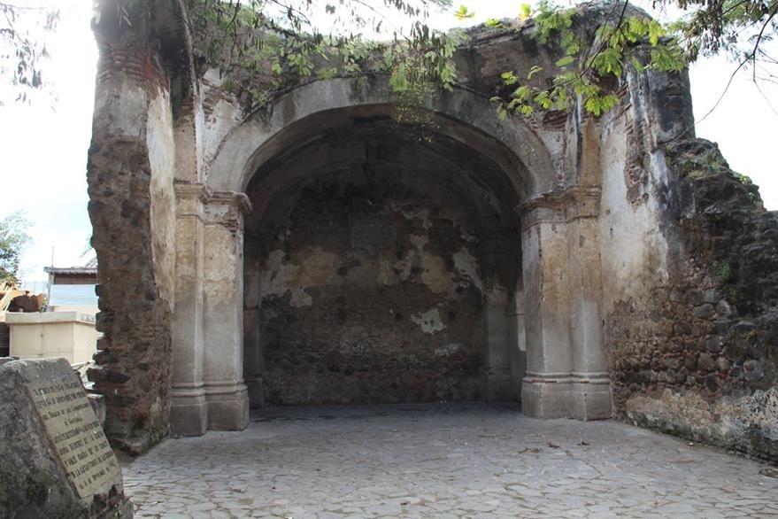 Restos del supuesto palacio de los Conquistadores, donde murió doña Beatriz de la Cueva ubicado en Ciudad Vieja. (Foto: Hemeroteca PL)