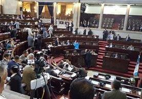 Congreso aprueba iniciativa de retiro voluntario con beneficios económicos. (Foto Prensa Libre: Jessica Gramajo)