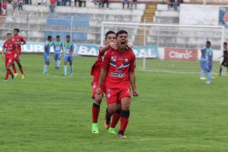 El jugador fue el máximo artillero del torneo anterior en la categoría Sub 20 donde Xelajú fue subcampeón.(Foto Prensa Libre: Raúl Juárez)