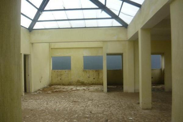 <p>Edificio que albergaría sede de la Seprem, en San Marcos, luce abandonado y deteriorado. (Foto Prensa Libre: Genner Guzmán) <br></p>