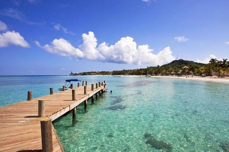 Las Islas de la Bahía son uno de los principales atractivos en Honduras. (Foto Hemeroteca PL)