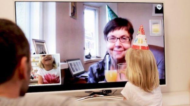 Tellybean nació para poder conectar a una abuela con sus dos nietos que viven en Finlandia. CAMI HONGELL