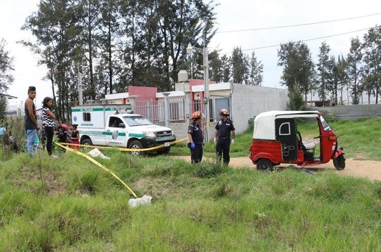Las autoridades piden que se pongan a funcionar las cámaras de vigilancia que tienen semanas de que fueron instaladas. (Foto Prensa Libre: Víctor Chamalé)