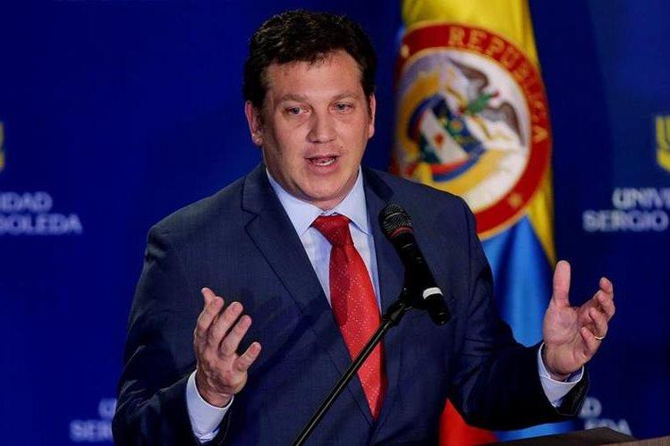 Alejandro Domínguez durante su discurso. (Foto Prensa Libre: EFE)