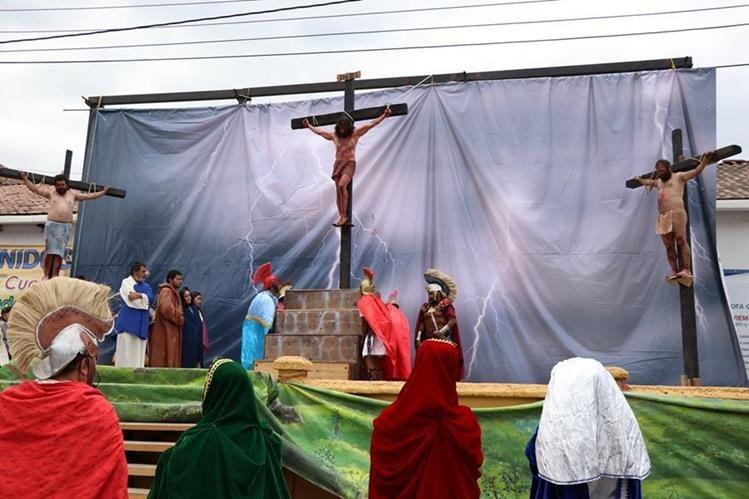 La vida, pasión y muerte de Jesucristo se escenifica en Chiantla. (Foto Prensa Libre: Mike Castillo)