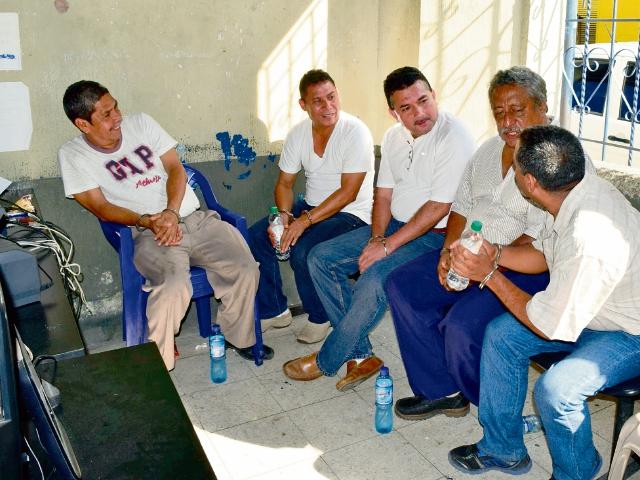 Integrantes de  la anterior  corporación municipal de La Democracia, Escuintla, fueron ligados a proceso por desvío de Q3.6 millones.