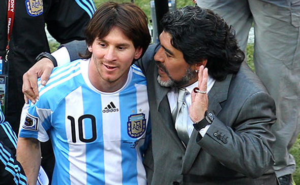 Maradona asegura que tiene una buena relación con Messi. (Foto Prensa Libre: Hemeroteca)