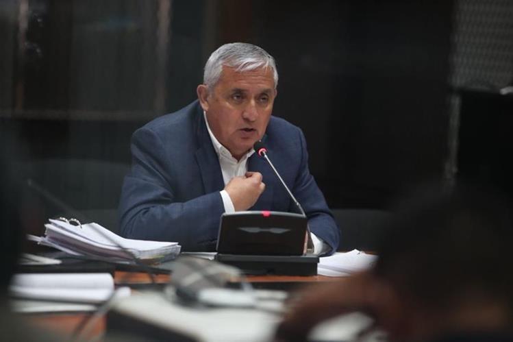 Otto Pérez Molina, expresidente guatemalteco, durante la audiencia a puerta cerrada donde se definiría si le otorgarían o no el arresto domicialiario. (Foto Prensa Libre: Paulo Raquec).