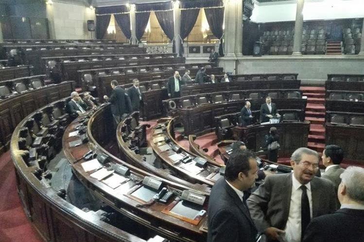 El Congreso envío a dictamen los cambios a la Ley Electoral y de Partidos Políticos. (Foto Prensa Libre: Edwin Bercián)