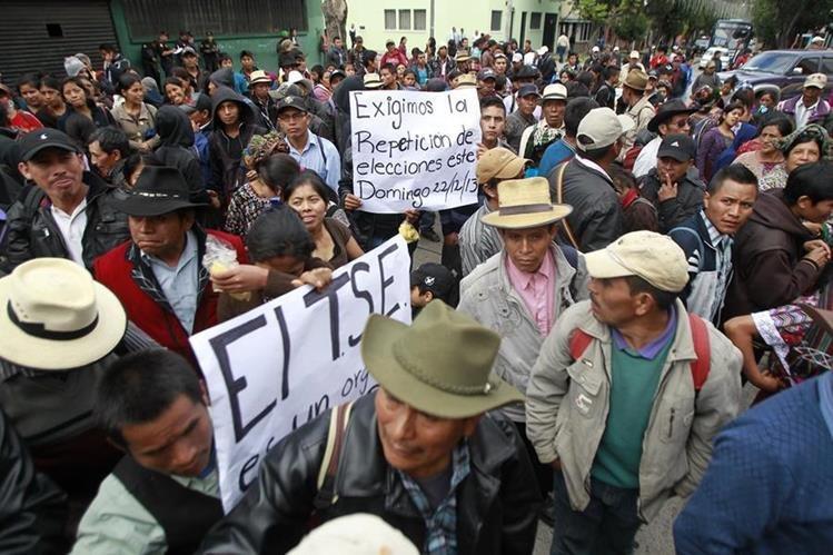 Las elecciones municipales en Nebaj, Quiché, se repitieron debido a una serie de problemas que surgieron durante la votaciones de septiembre de 2011. (Foto Prensa Libre: Hemeroteca PL)