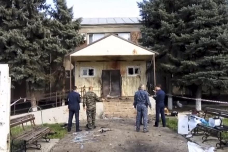 Autoridades evacúan todos los edificios oficiales de la localidad y refuerzan la seguridad en Stávropol. (Foto Prensa Libre: AP).