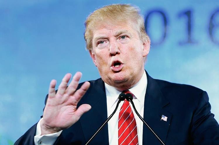 Donald Trump, precandidato presidencial republicano recibe apoyo, según encuaestas. (Foto Prensa Libre:AP).