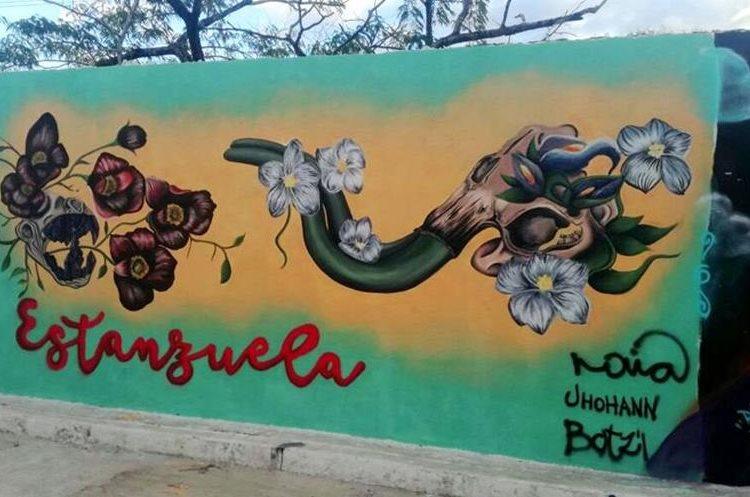 Ingreso al museo de Paleontología y Arqueología Roberto Woolfok Saravia, en Estanzuela.